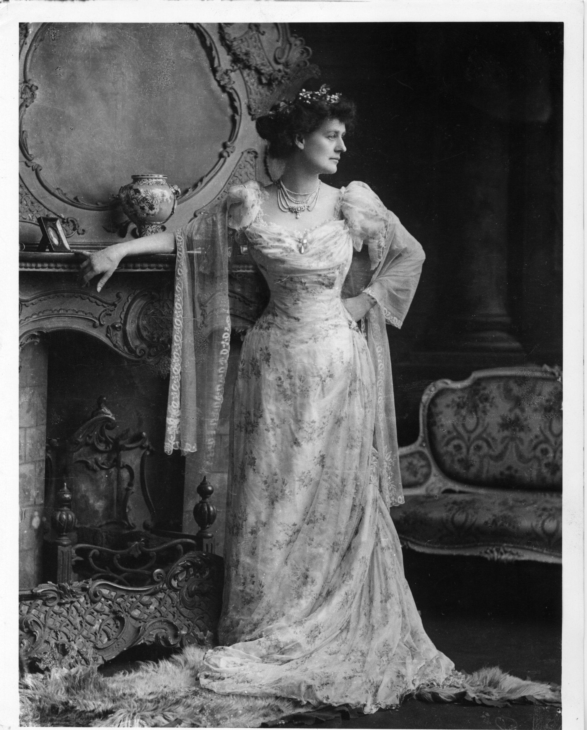 CountessMarkieviczInBallGownCirca1900 Traditional Vows