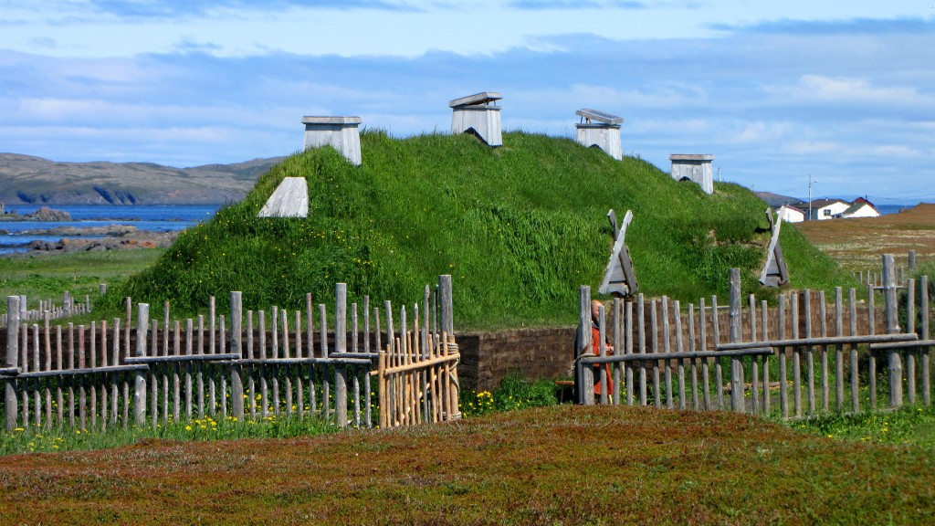 L'Anse_aux_Meadows,_recreated_long_house